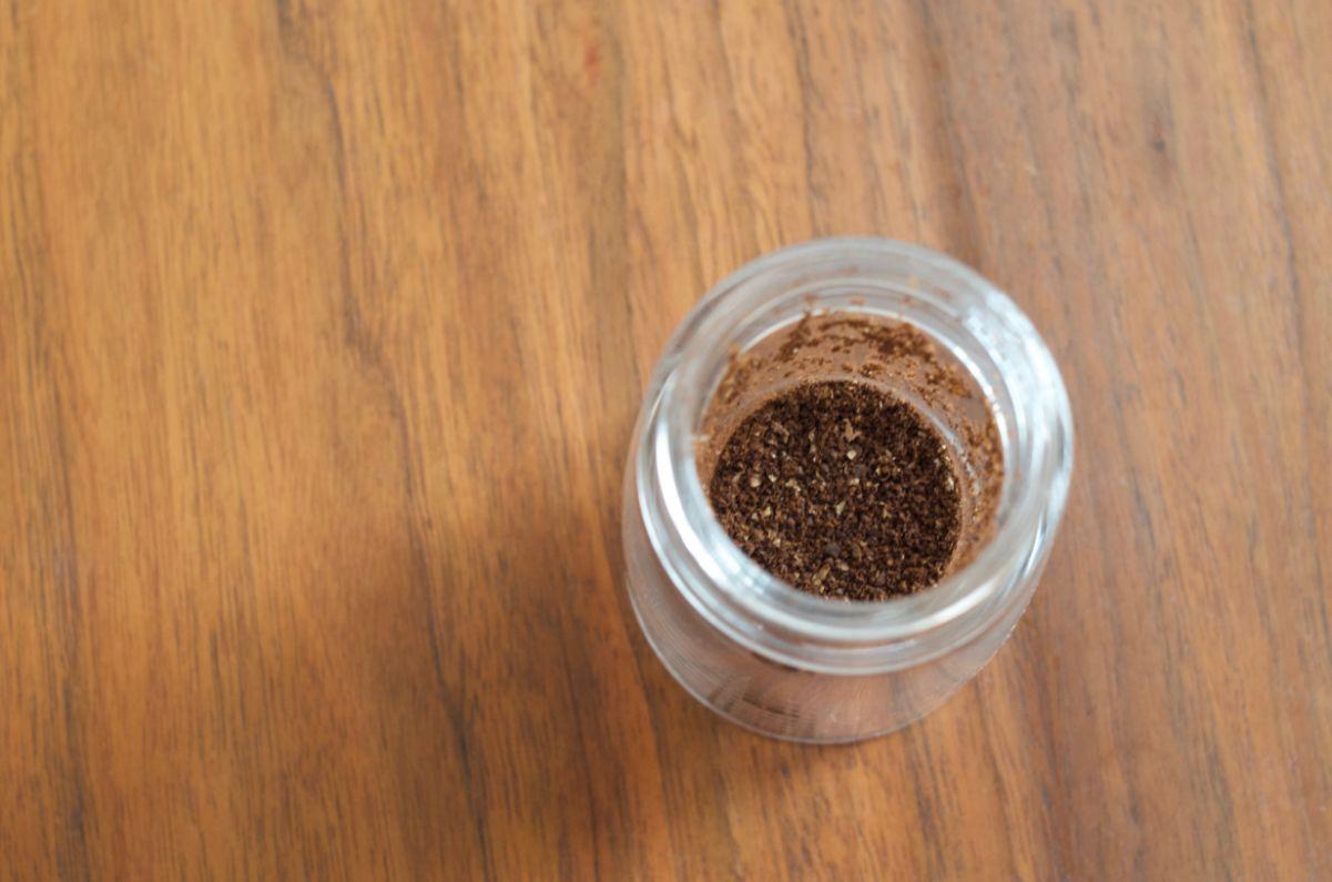 HARIOセラミックスリム挽いた豆