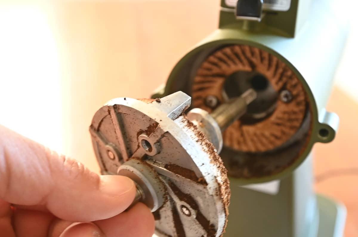 カリタ コーヒーミル ネクストG 掃除 手入れ ゼロ調整 カッター掃除 回転カッター