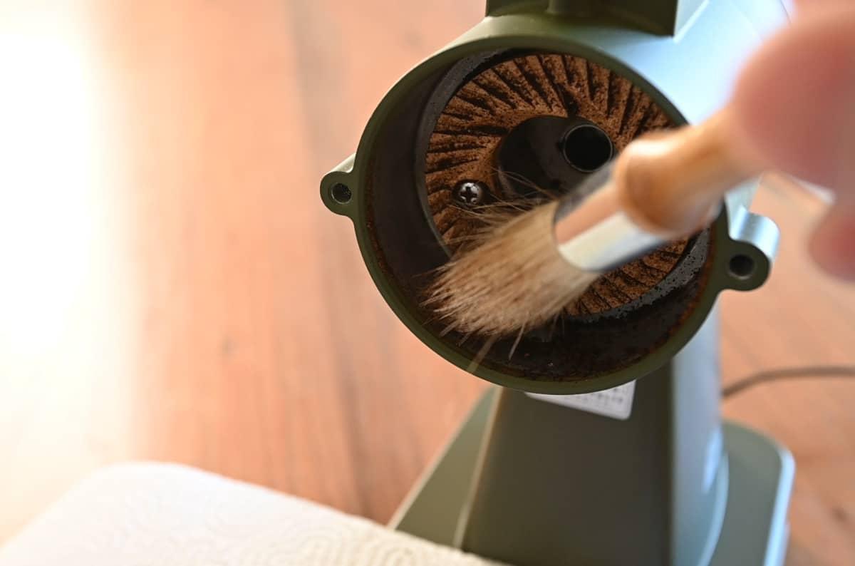 カリタ コーヒーミル ネクストG 掃除 手入れ ゼロ調整 カッター掃除 本体 クリーニングブラシ